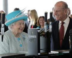 queen in pub